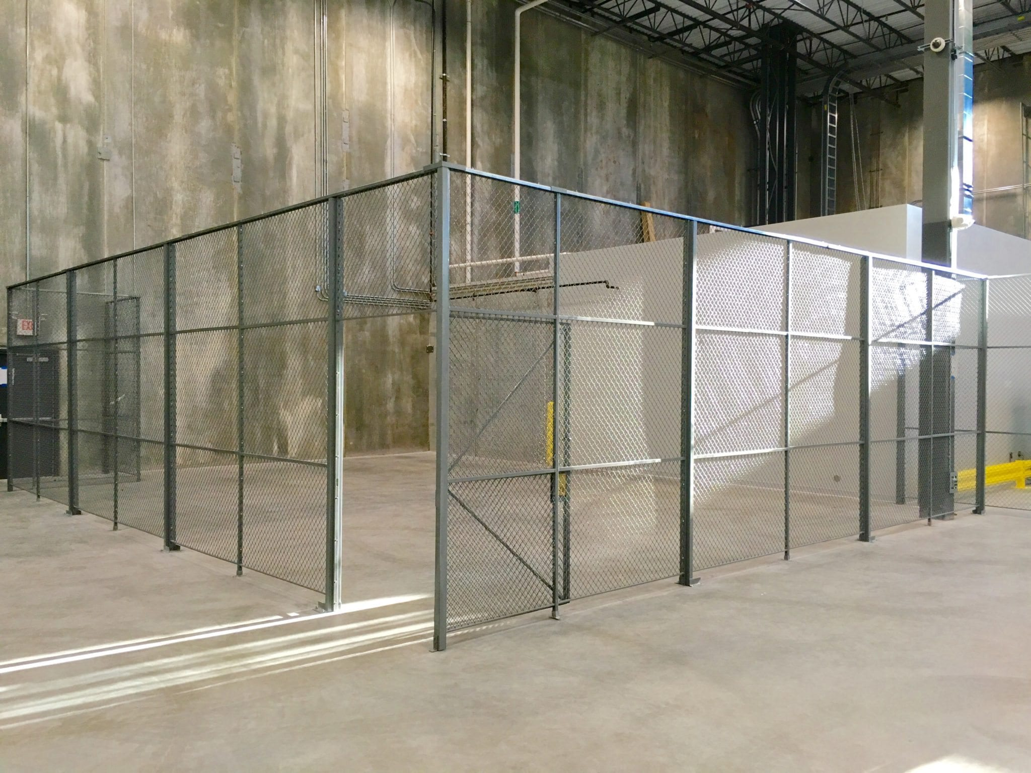 Heavy Duty wire partitions